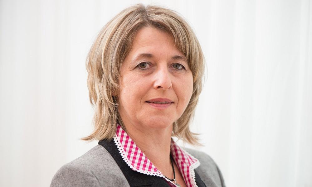 Vbgm. Edith Weichinger (c)Gemeinde Neustadtl an der Donau